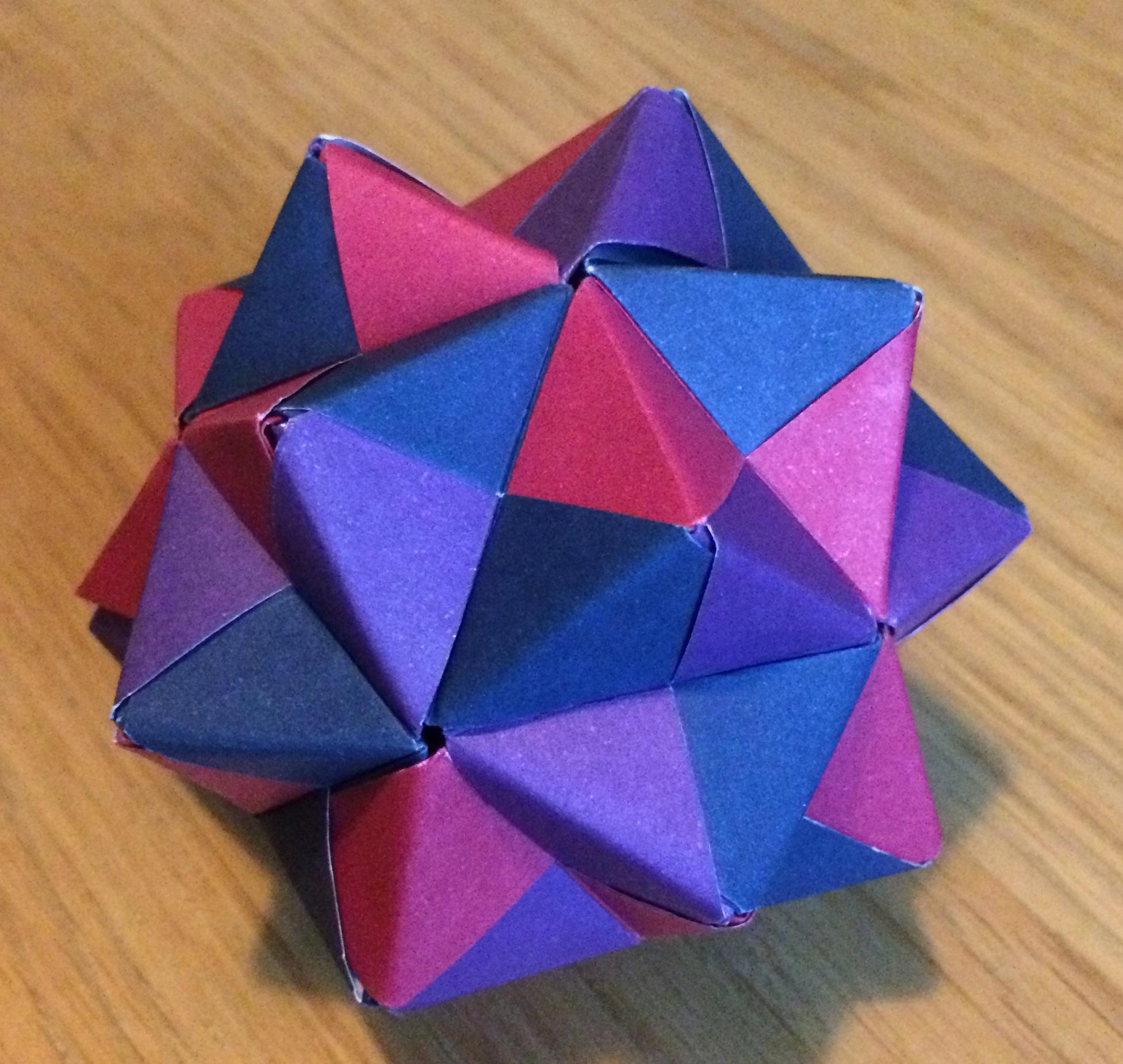Modular origami polypompholyx cumulated icosahedron sonobe cc by sa 30 steve cook mightylinksfo