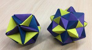 Cumulated postive negative icosahedra (sonobe) [CC-BY-SA-3.0 Steve Cook]