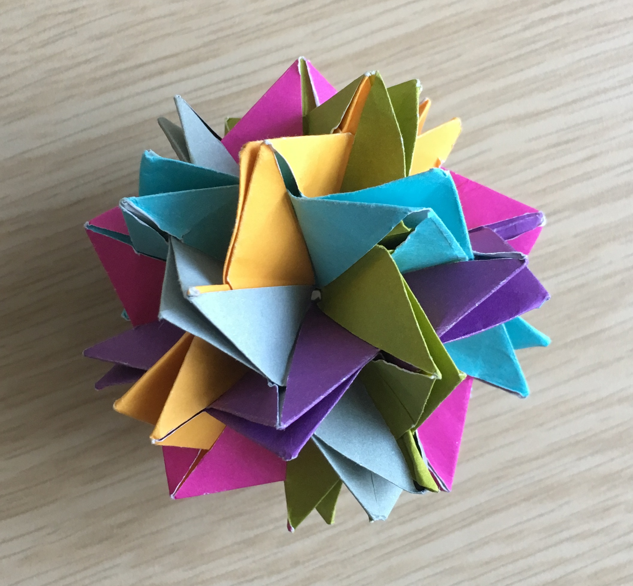 Origami easy Kusudama Dodecahedron - Origami easy tutorial - YouTube | 1955x2112