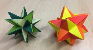 Small and great stellated dodecahedron (isosceles) [CC-BY-SA-3.0 Steve Cook]