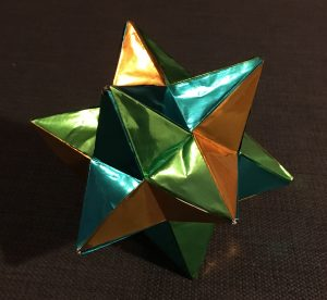 Small stellated dodecahedron (isosceles) [CC-BY-SA-3.0 Steve Cook]