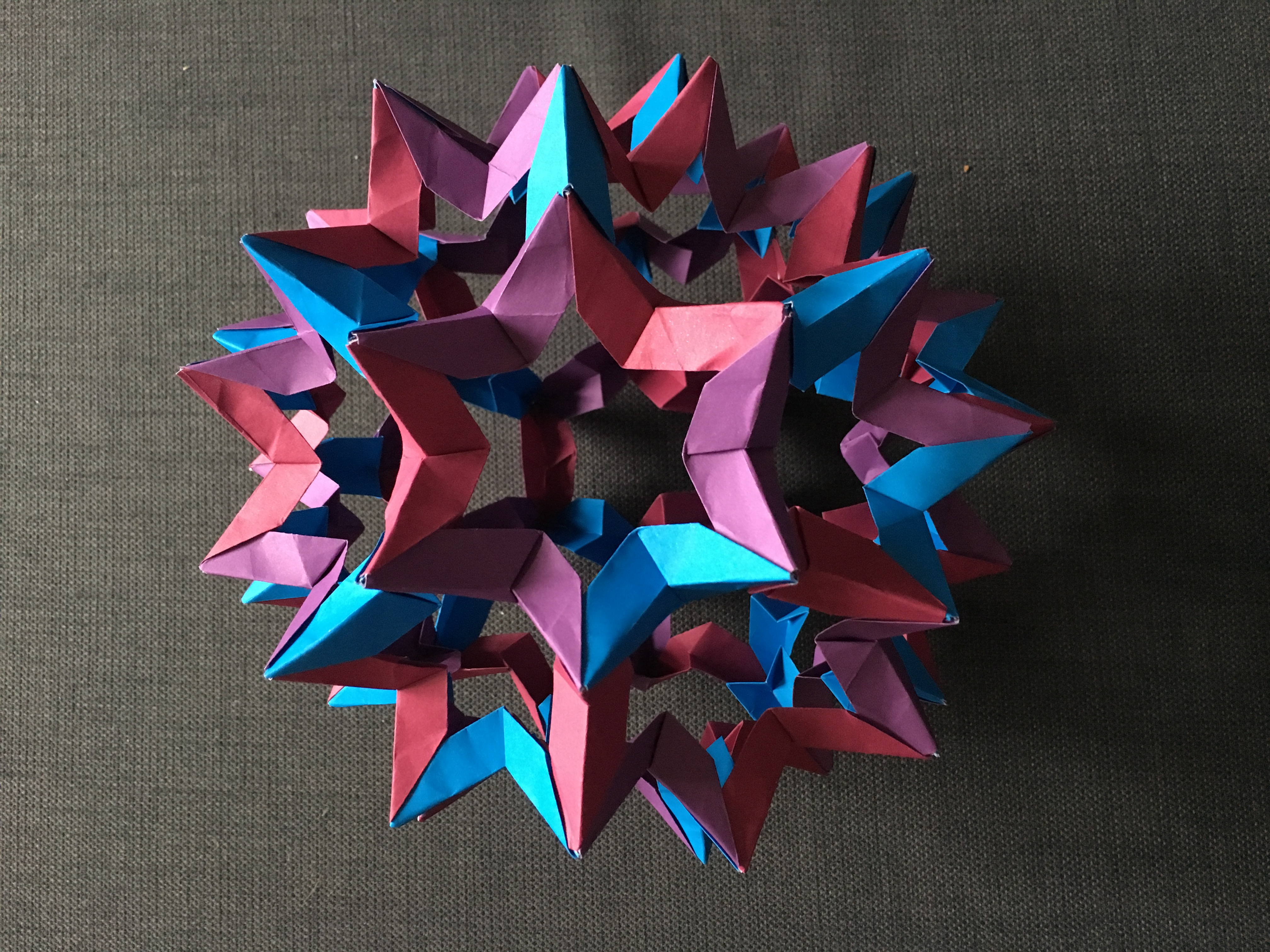 Modular origami polypompholyx star holes truncated icosahedron cc by sa 30 steve cook jeuxipadfo Gallery